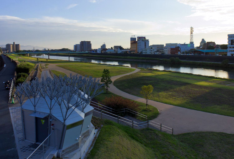 shirakawa-public-toilet2